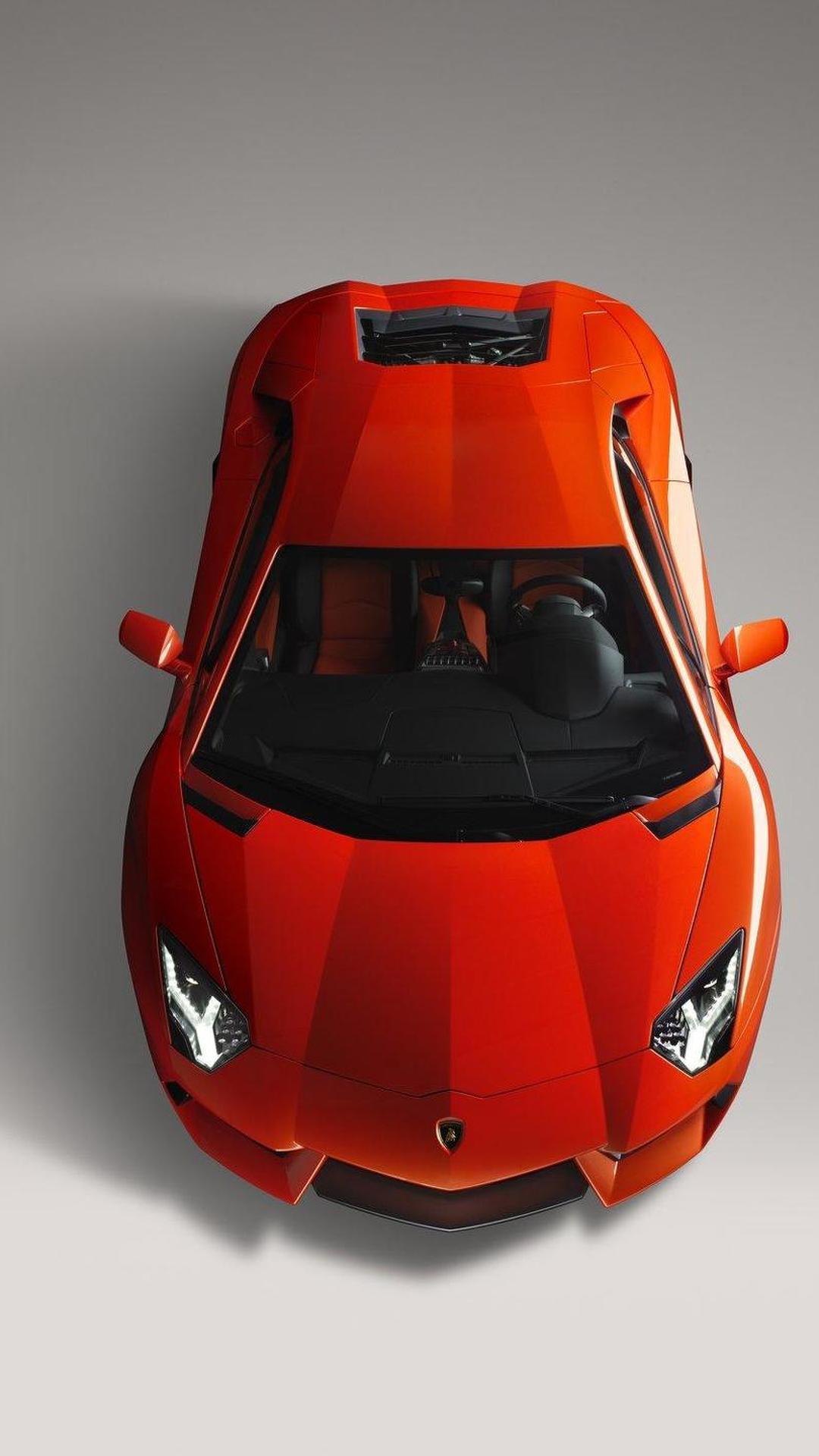 Revving Lamborghini Aventador LP700-4 underwhelms [videos]
