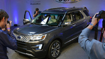 2016 Ford Explorer live in Los Angeles