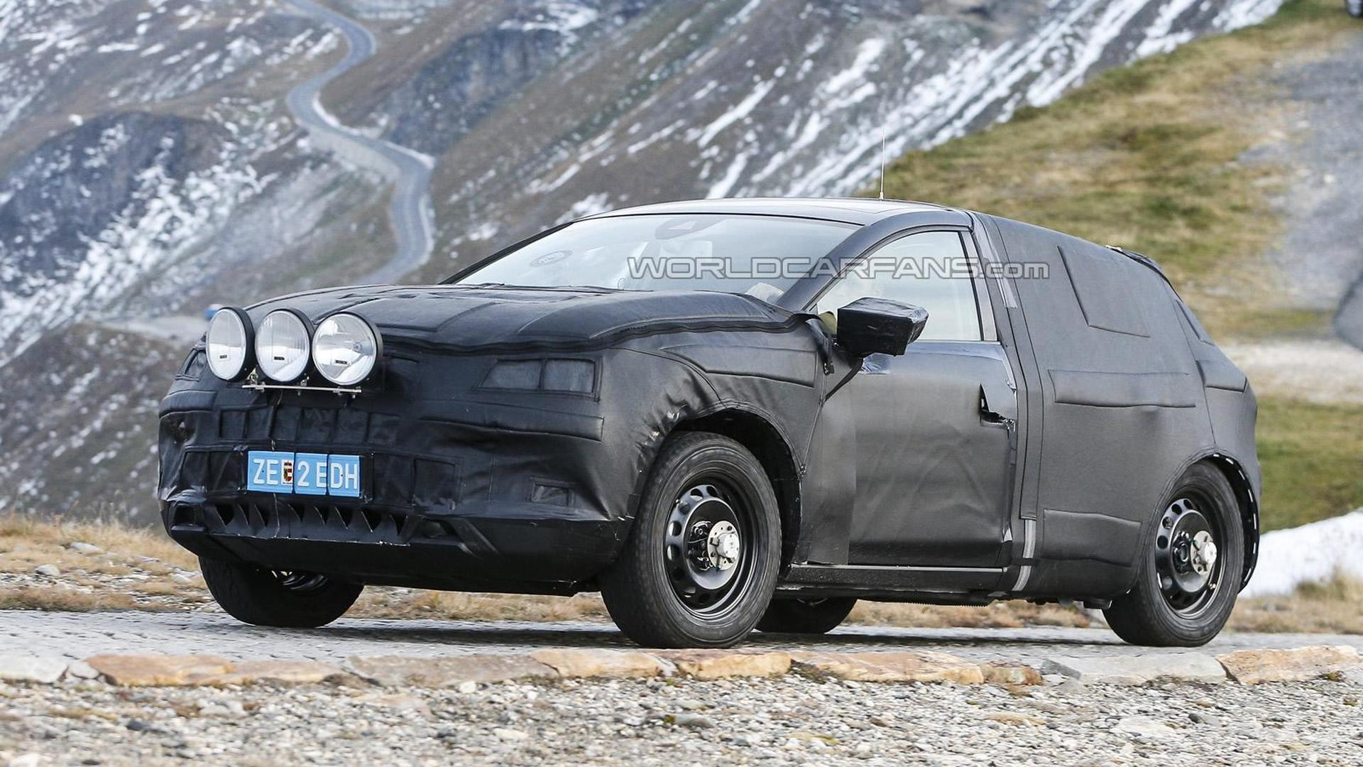 2016 SEAT crossover mule spied in the Alps
