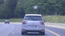 2014 Citroen C4 Grand Picasso spy photo 10.06.2013