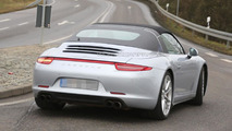 Porsche 911 Targa spied virtually undisguised ahead of its Detroit debut