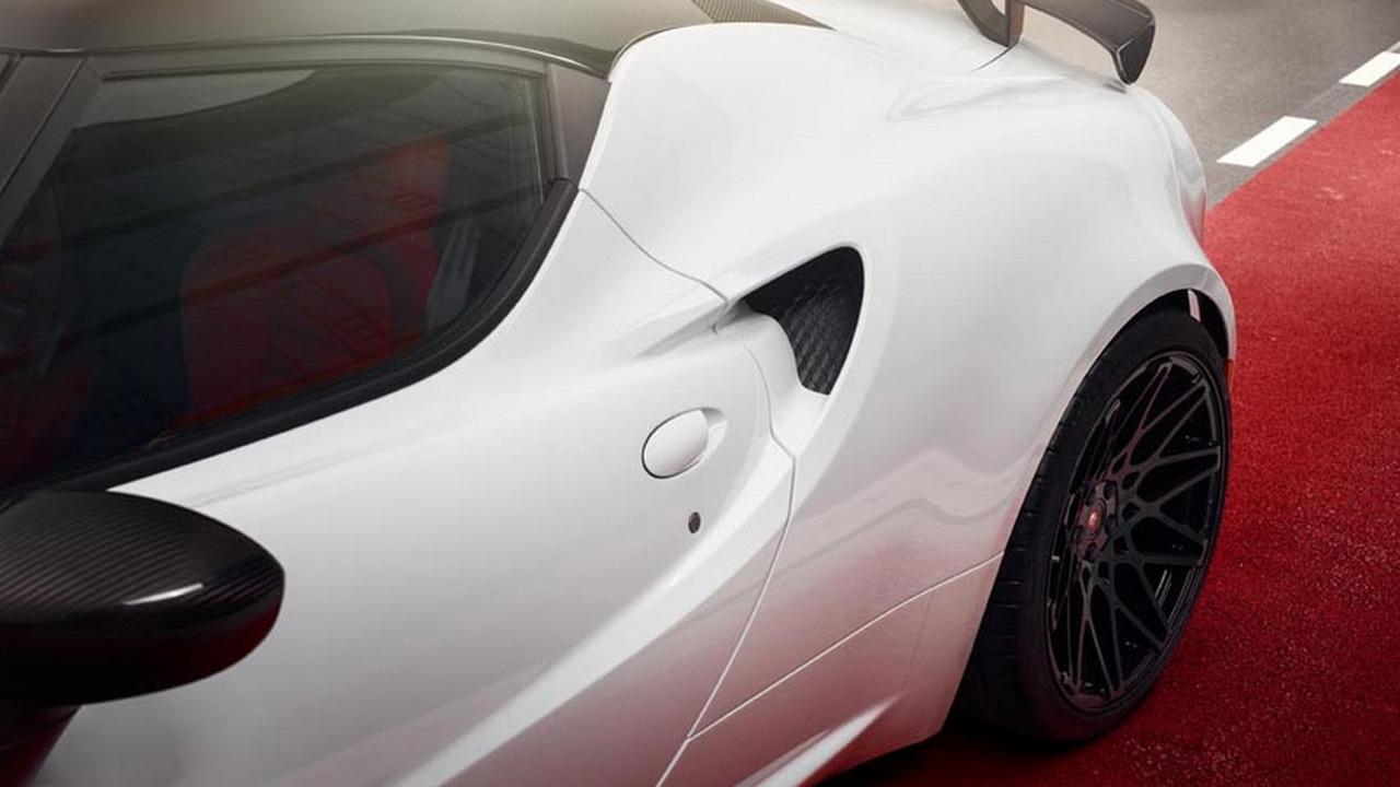 Alfa Romeo 4C by Pogea Racing