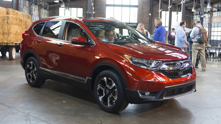 2017 Honda CR-V revealed with more space, turbo power