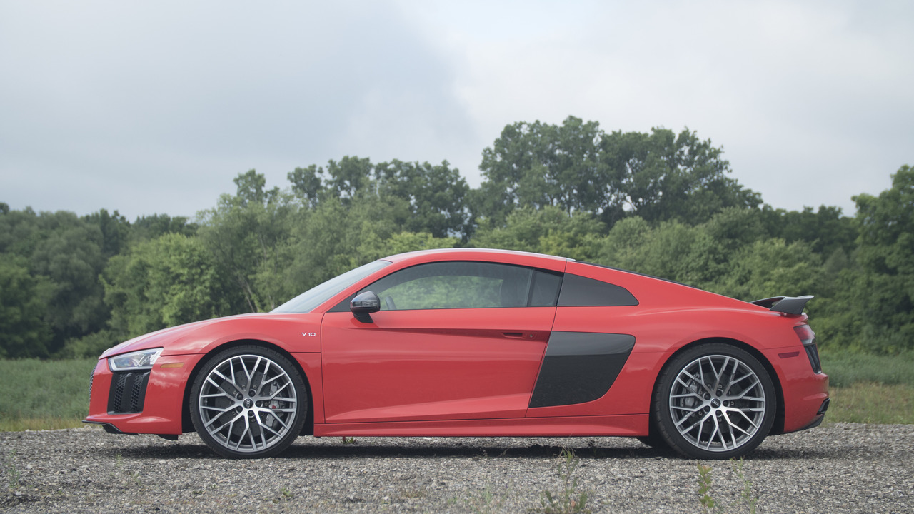 Audi R8 | Why Buy? Headliner