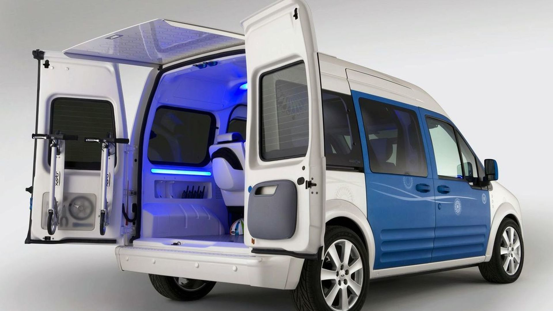 Ford Transit Connect Family One Concept to Debut in New York