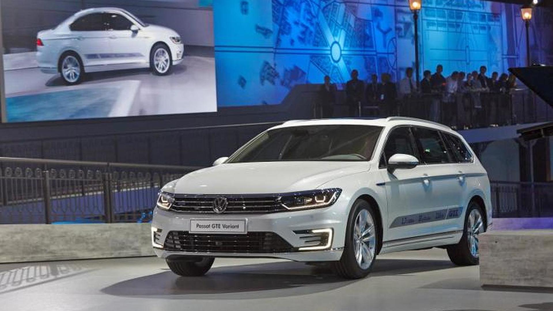 2015 Volkswagen Passat comes in Paris together with GTE version