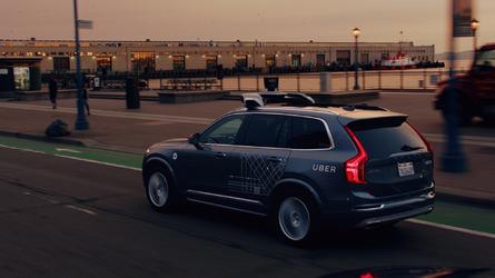 Crash - Uber stoppe momentanément ses voitures autonomes