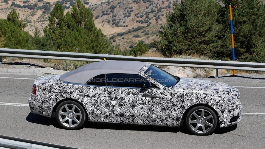 Rolls-Royce Dawn spied with the soft top in position