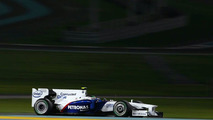 Petronas to stay with Sauber in 2010