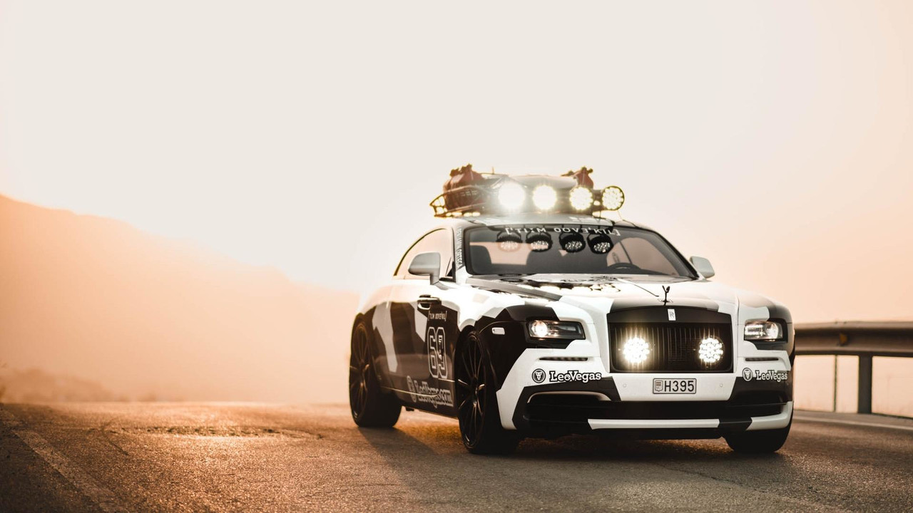crazy 810 hp rolls royce wraith has jet powered surfboard. Black Bedroom Furniture Sets. Home Design Ideas