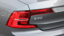 2017 Volvo S90: Review