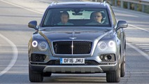 2017 Bentley Bentayga diesel spy photos