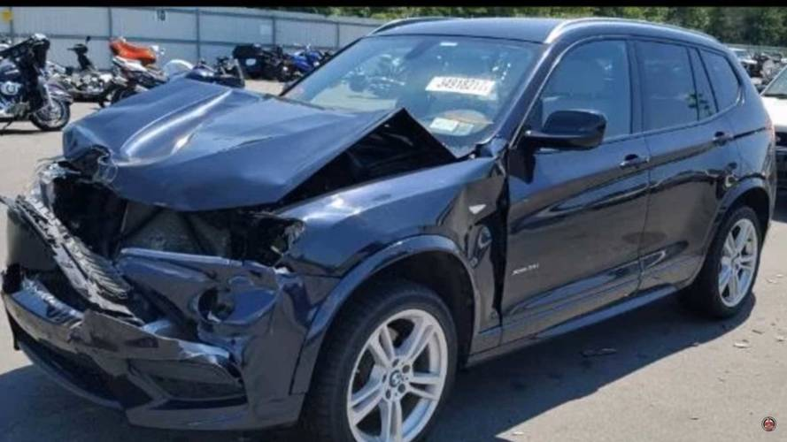 See This Smashed BMW X3 Get A New Face In 7 Minutes