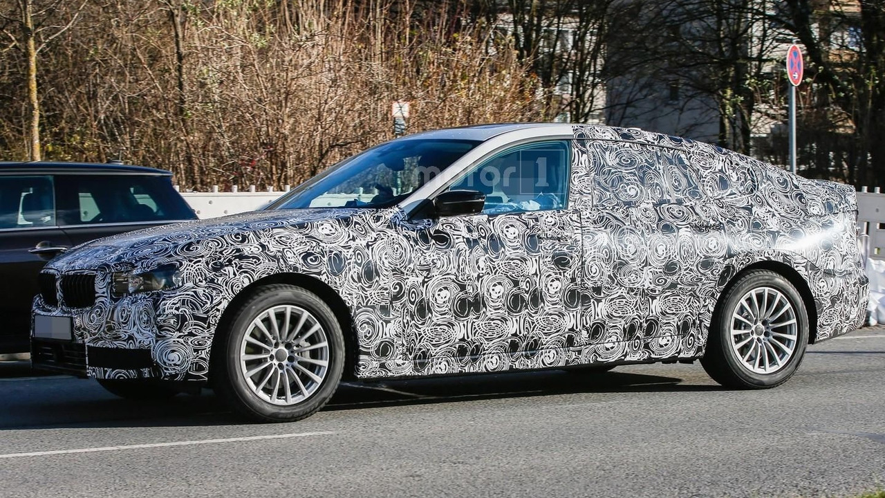2018 BMW 5-Series GT spy photo