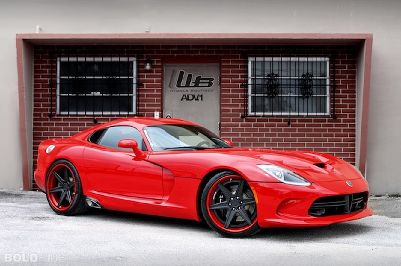 Wheels Boutique Freshens Up the SRT Viper
