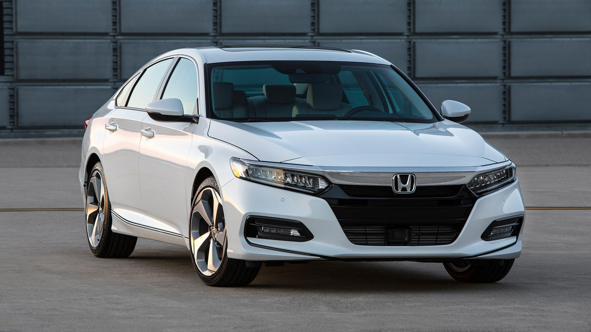 2018 honda accord arrives with new 10 speed automatic for Honda accord 2018 price in usa