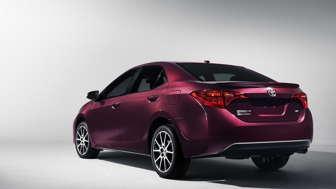 Toyota celebrates Corolla's 50th birthday with special edition 001