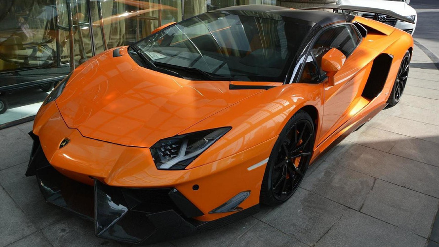 DMC presents the Lamborghini Aventador Roadster SV