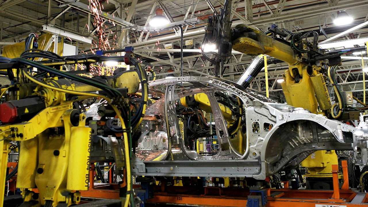 General Motors Lordstown ve Lansing Grand River fabrikaları
