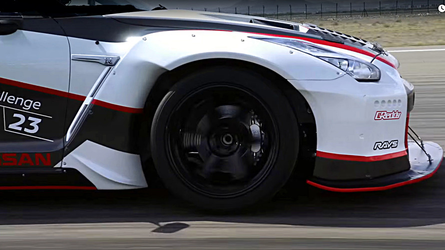 Nissan GT-R Nismo sets new world record
