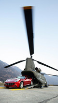 Ferrari FF downloaded from the CH-47 Chinook of the 1st Regiment of Antares Viterbo to 2350 meters of the Plan de Corones in the Dolomites in South Tyrol, 10.03.2011