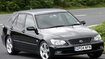 Lexus IS 300 SportCross UK-spec 2001