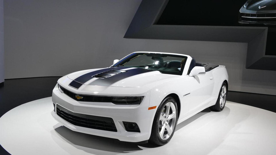 2014 Chevrolet Camaro Convertible goes topless in Frankfurt
