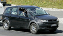 SPY PHOTOS: All-New Ford Cross Max and C-Max Facelift