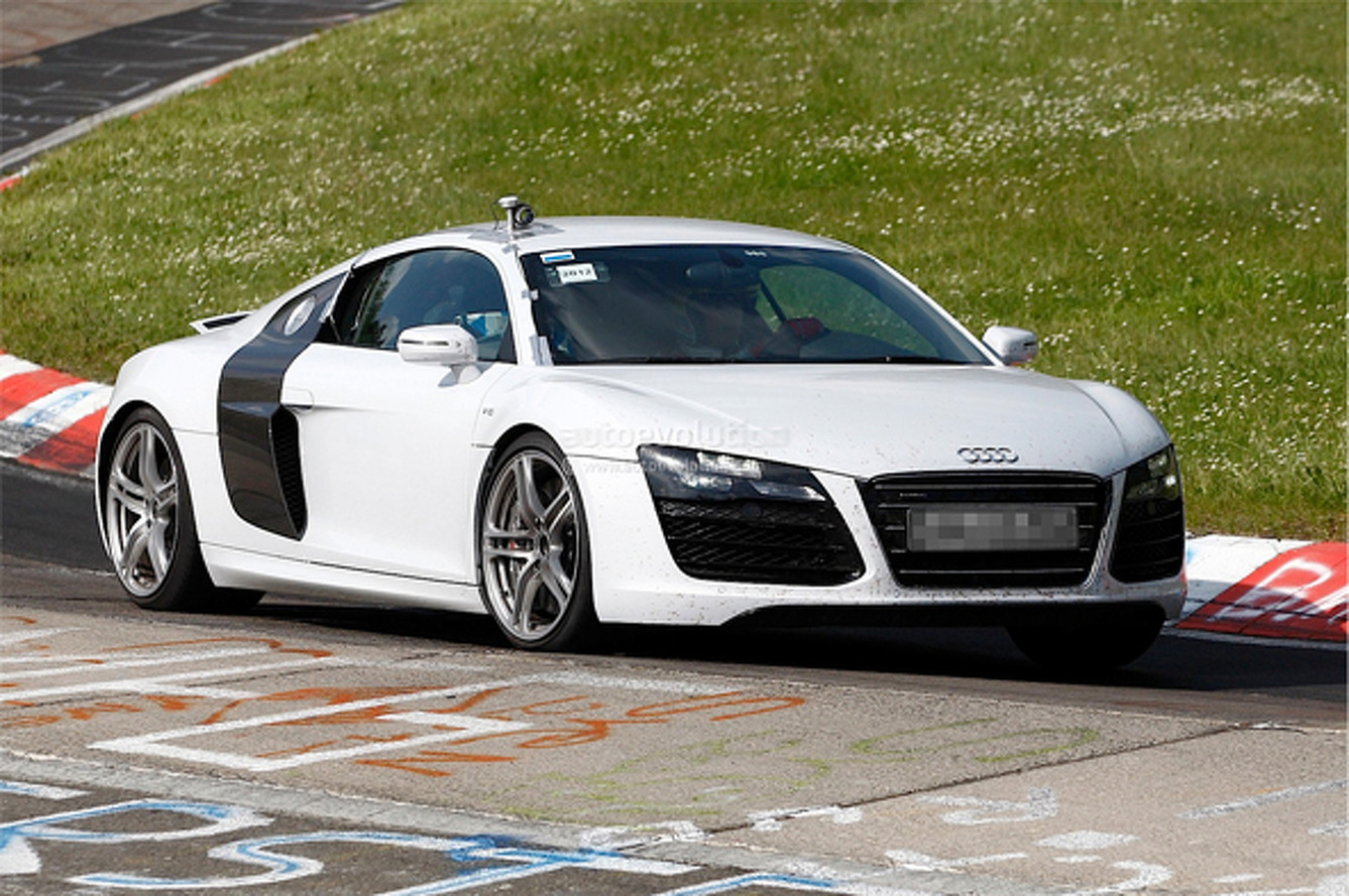 Spied Ride: Facelifted R8 Spotted Testing on the 'Ring
