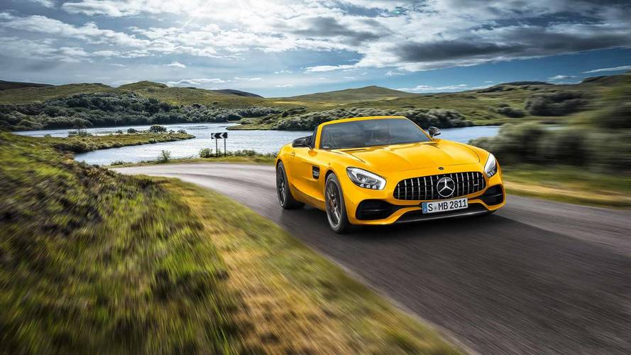 Mercedes-AMG GT S Roadster, 522 CV sotto il sole