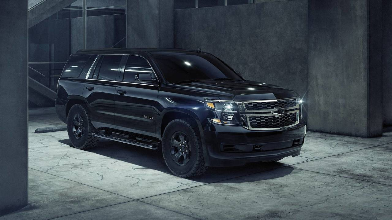 chevrolet tahoe custom gets sinister with midnight edition pack. Black Bedroom Furniture Sets. Home Design Ideas