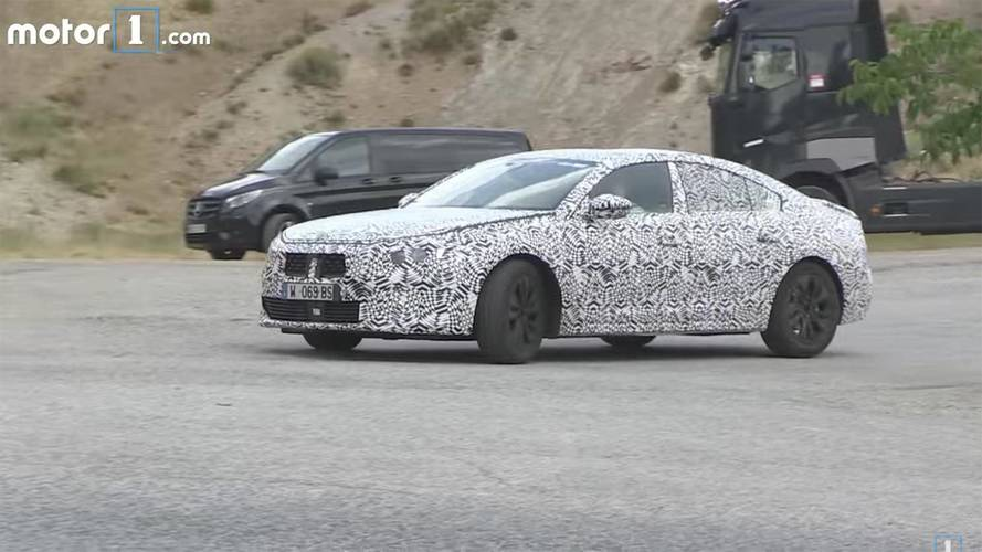 Stylish Peugeot 508 Spied Testing On Video