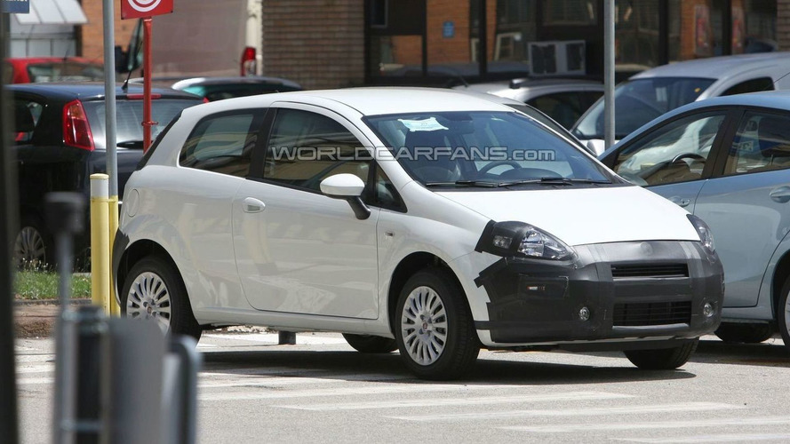 2010 Fiat Grande Punto facelift spied in Italy - showing new changes