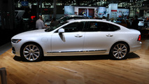 2018 Volvo S90 at 2017 New York Auto Show