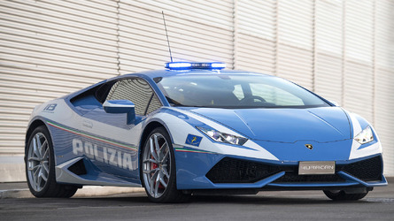 Italian Police gifted second supercar from Lamborghini
