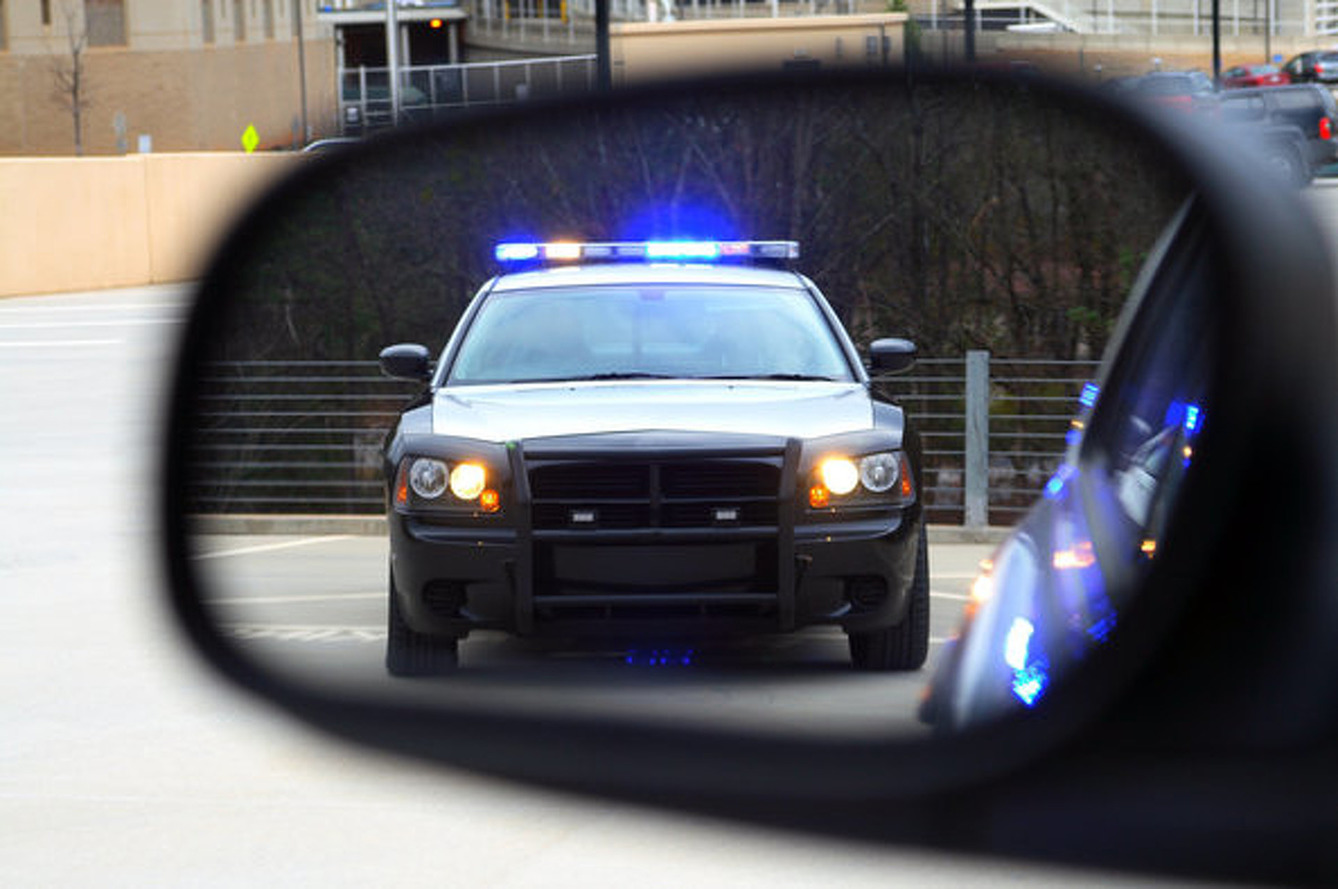 Ex-New York Cop Tells You How to Avoid a Speeding Ticket