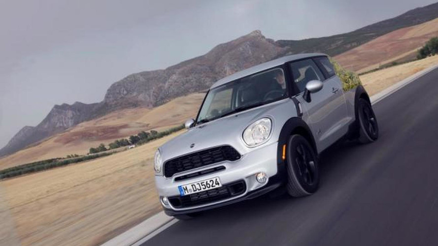 2013 MINI Paceman revealed in official spy photos