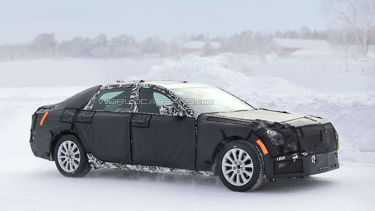 2016 Cadillac CT6 by spy photo