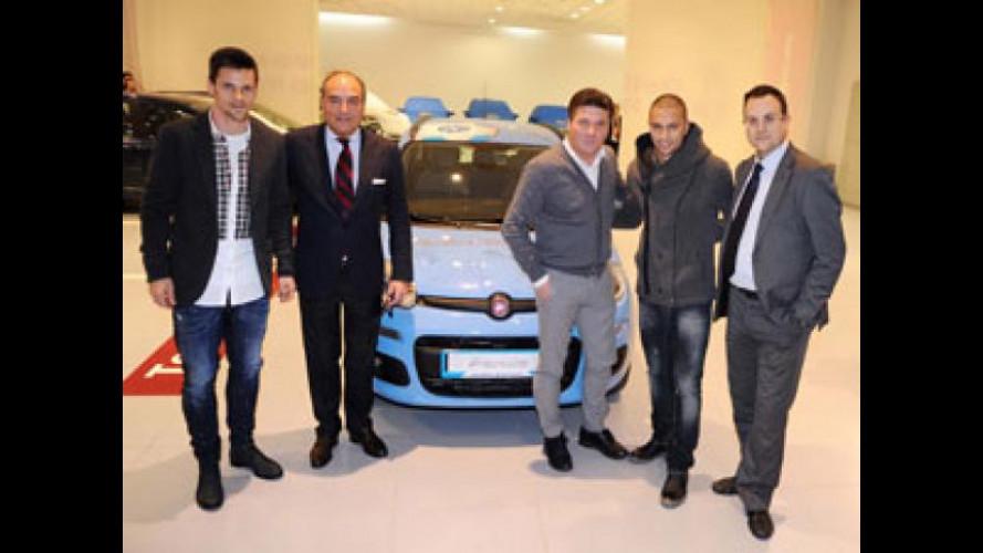 La Fiat Panda dedicata al Napoli è stata battuta all'asta per 20.000 euro