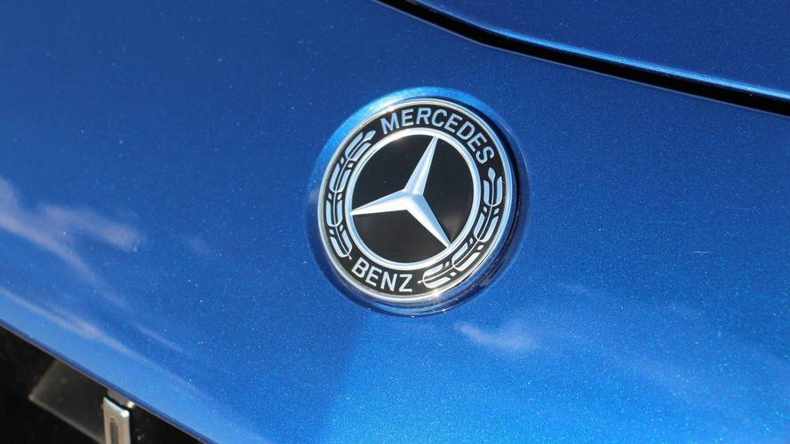 2020 Mercedes GLG Believed To Go After Range Rover Sport
