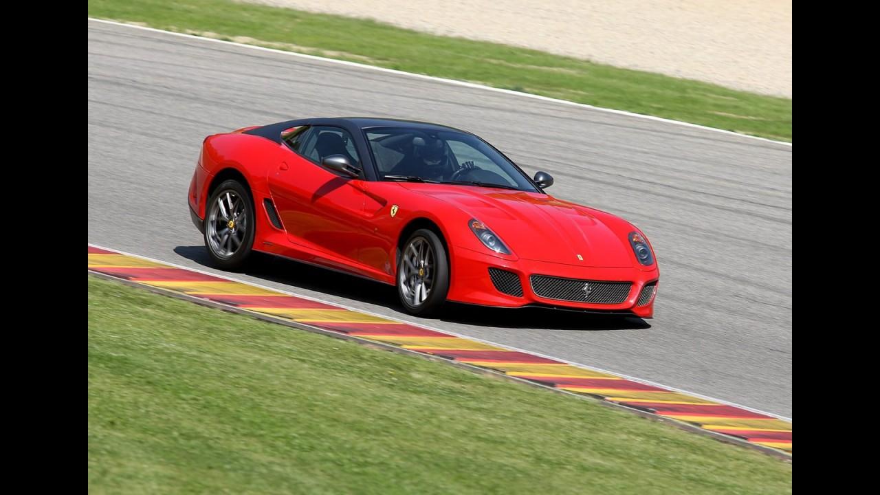 Ferrari confirma motor V12 central para substituta da Enzo, que chega em 2012