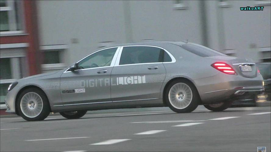 Mercedes-Benz Spied Testing Super Smart Headlights On S-Class