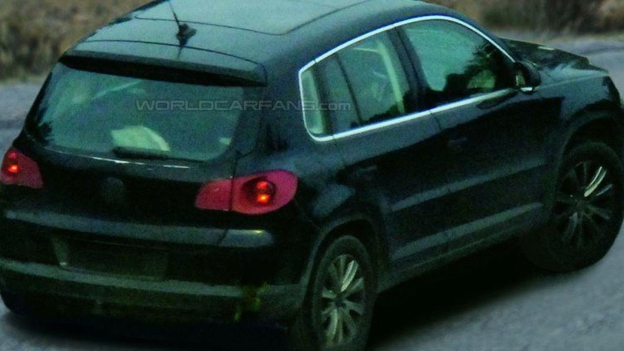 Spy Photos of New VW Tiguan