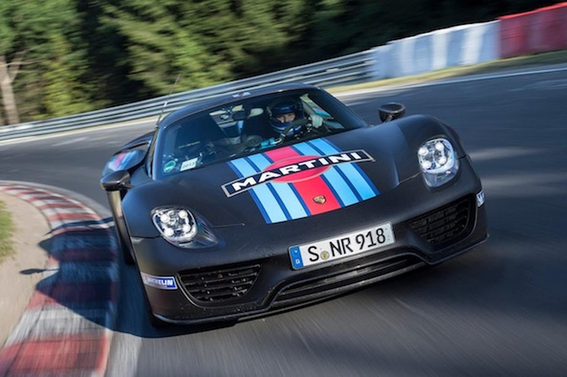 porsche 918 spyder fastest production car around. Black Bedroom Furniture Sets. Home Design Ideas