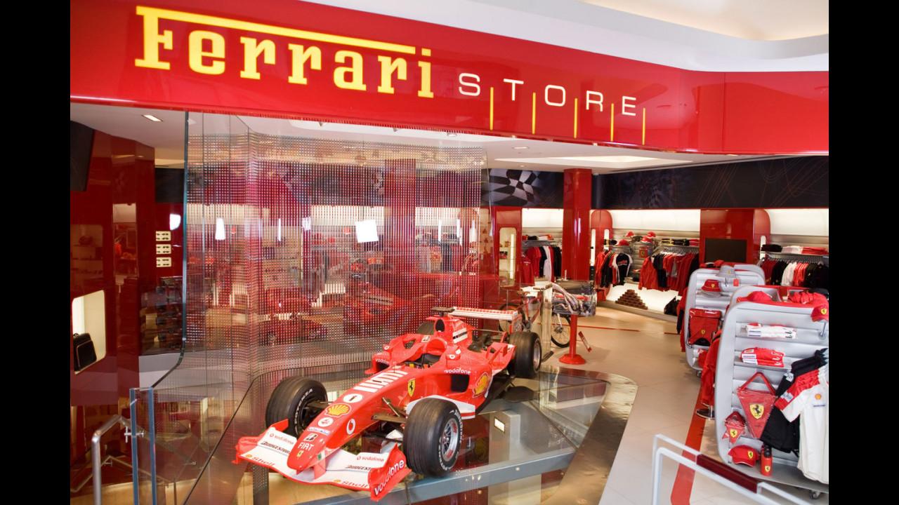 Il primo Ferrari Store del Regno Unito