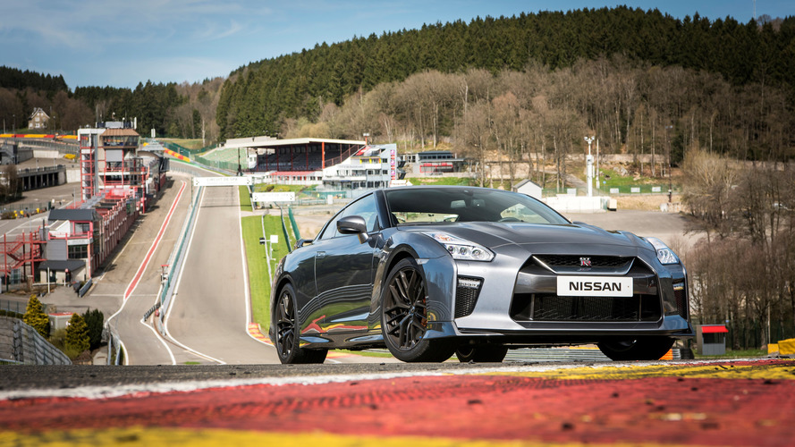 2017 Nissan GT-R Review