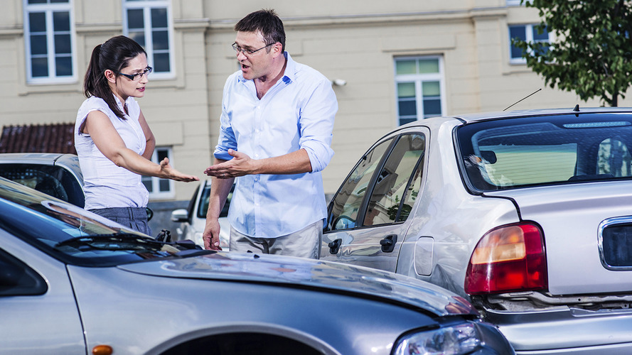 False insurance policies cost each victim almost £800