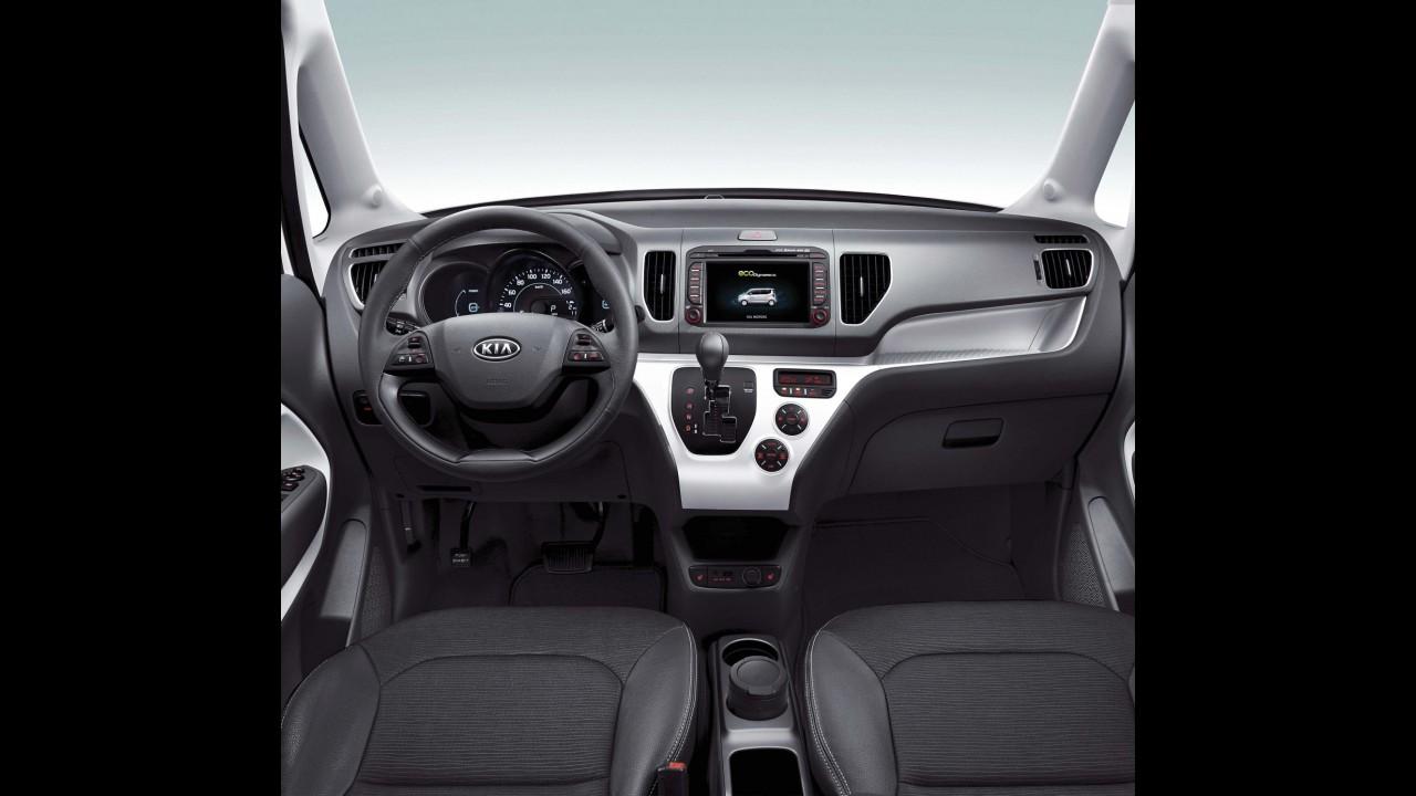 Kia apresenta Ray EV, primeiro carro elétrico sul-coreano