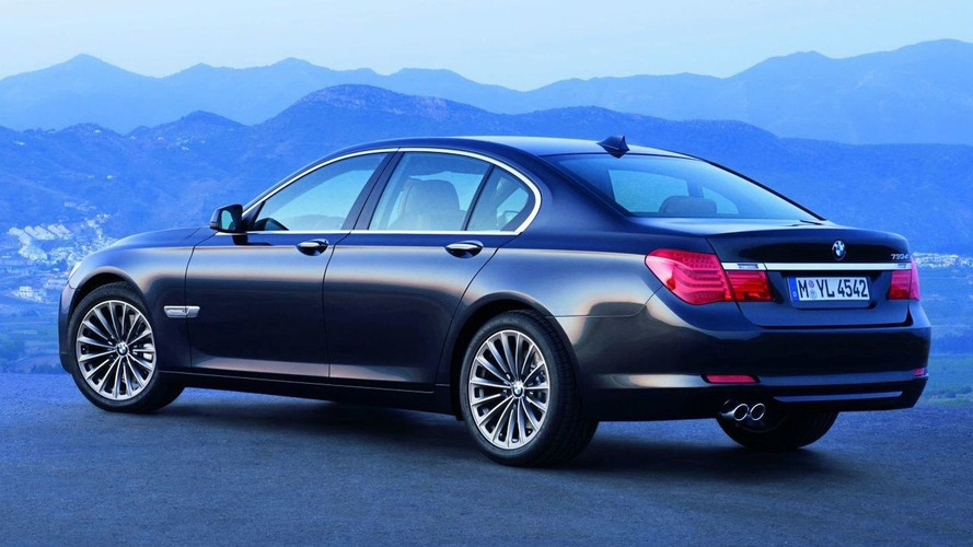 OFFICIAL: All-New BMW 7 Series Revealed with Tell-All Video