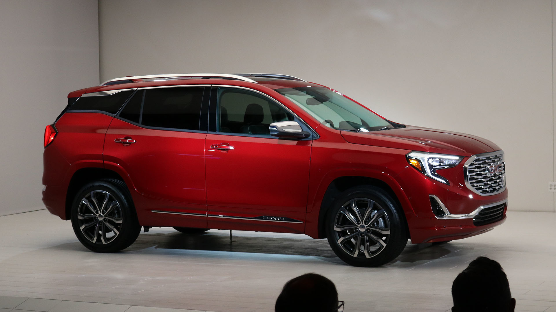 Gmc Terrain Amos >> The Gmc Terrain S Shifter Is Worst In Show At Detroit Updated